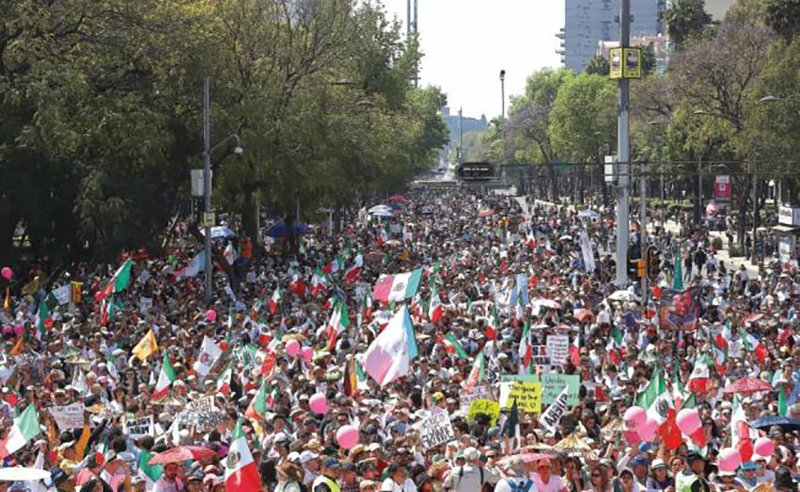 Mexicanos al grito de orgullo